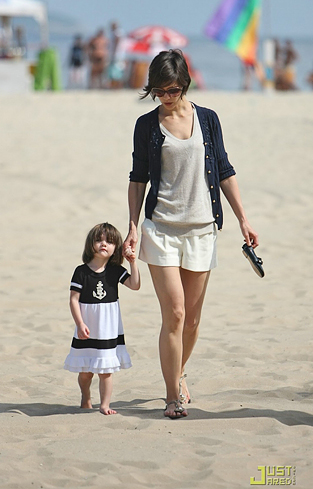 suri-cruise-anchor-dress-131